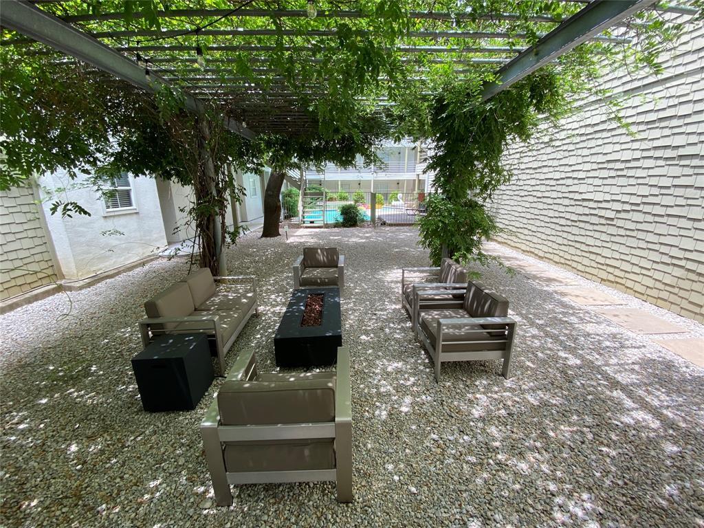 4111 Cole  Avenue, Dallas, Texas 75204 - acquisto real estate best listing listing agent in texas shana acquisto rich person realtor
