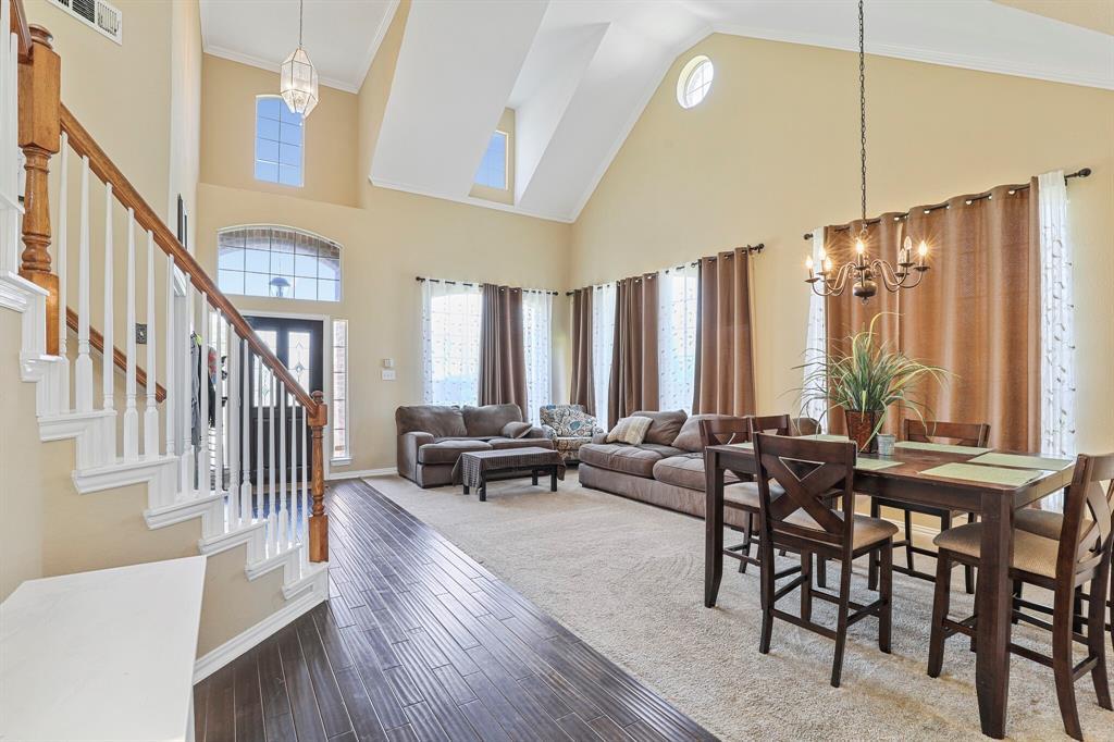 4204 Debbie  Drive, Grand Prairie, Texas 75052 - acquisto real estate best prosper realtor susan cancemi windfarms realtor