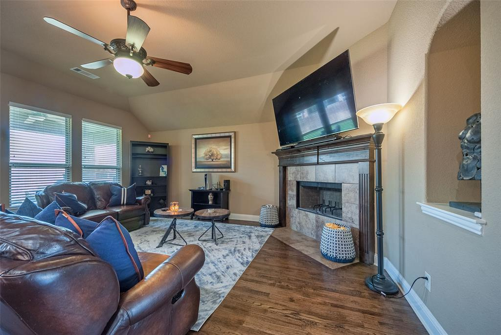 5617 Iceberg  Court, Midlothian, Texas 76065 - acquisto real estate best prosper realtor susan cancemi windfarms realtor