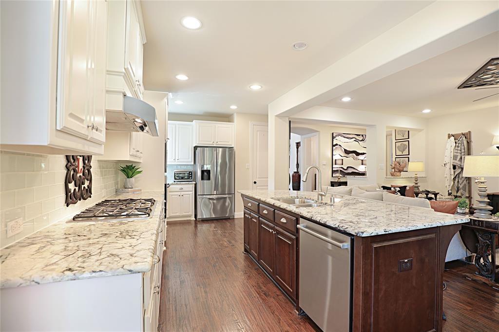 2800 Piersall  Drive, McKinney, Texas 75072 - acquisto real estate best luxury buyers agent in texas shana acquisto inheritance realtor