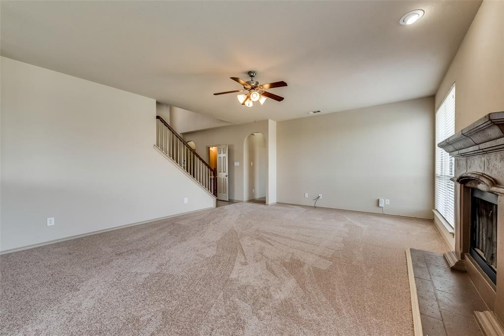 1929 Winter Hawk  Drive, Fort Worth, Texas 76177 - acquisto real estate best new home sales realtor linda miller executor real estate