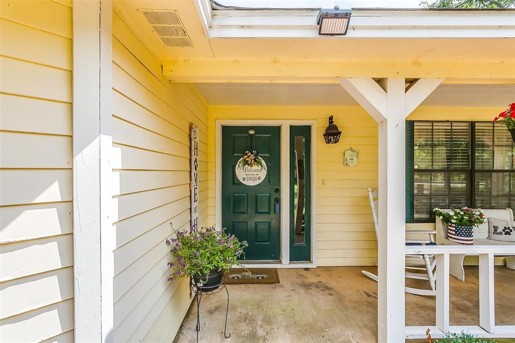 6110 Dick Price  Road, Fort Worth, Texas 76140 - acquisto real estate best highland park realtor amy gasperini fast real estate service