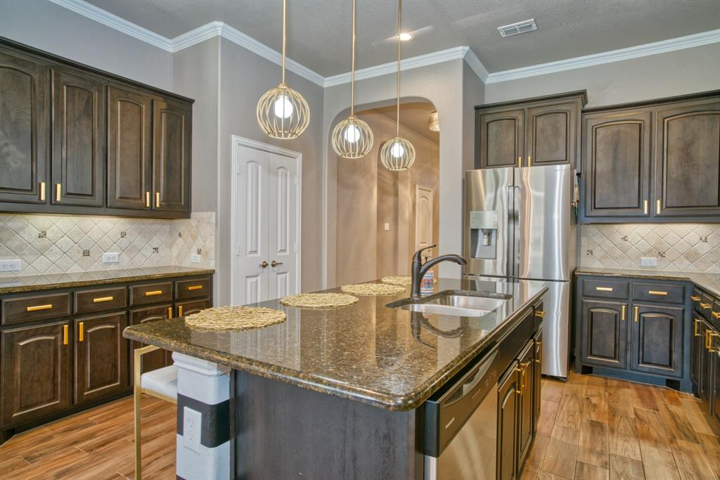 201 Mineral Point  Drive, Aledo, Texas 76008 - acquisto real estate best photos for luxury listings amy gasperini quick sale real estate