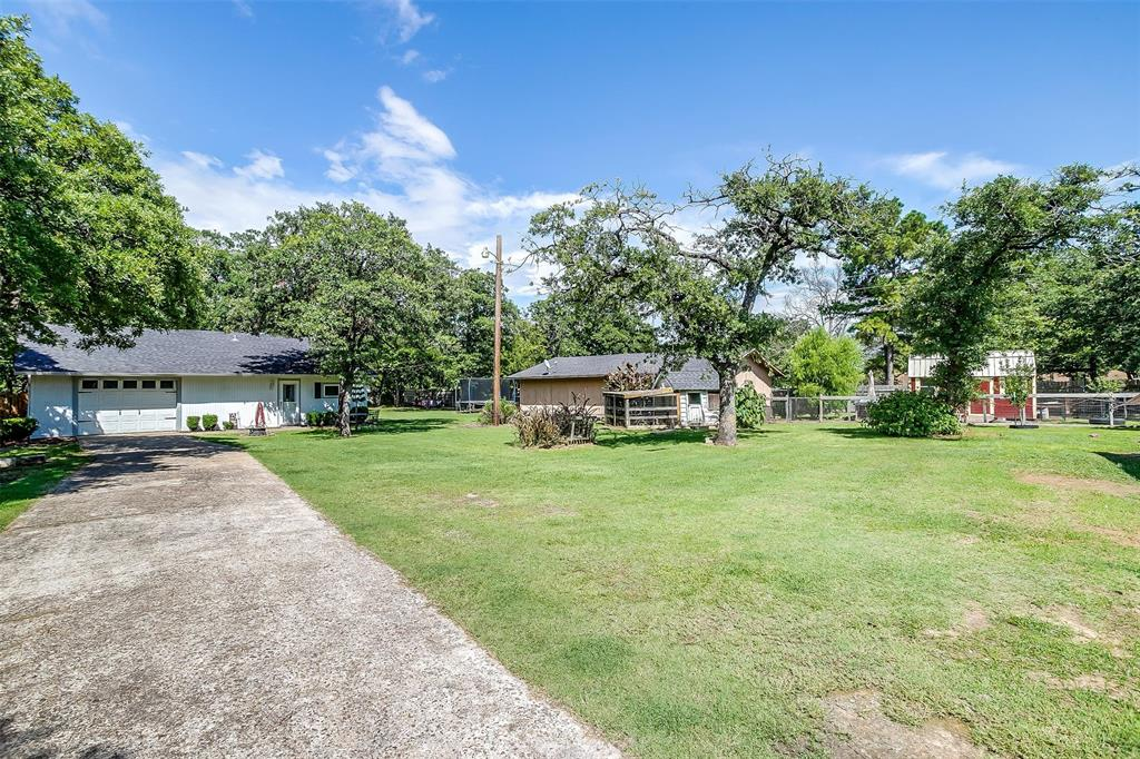 1010 Yvonne  Drive, Joshua, Texas 76058 - acquisto real estate best plano real estate agent mike shepherd