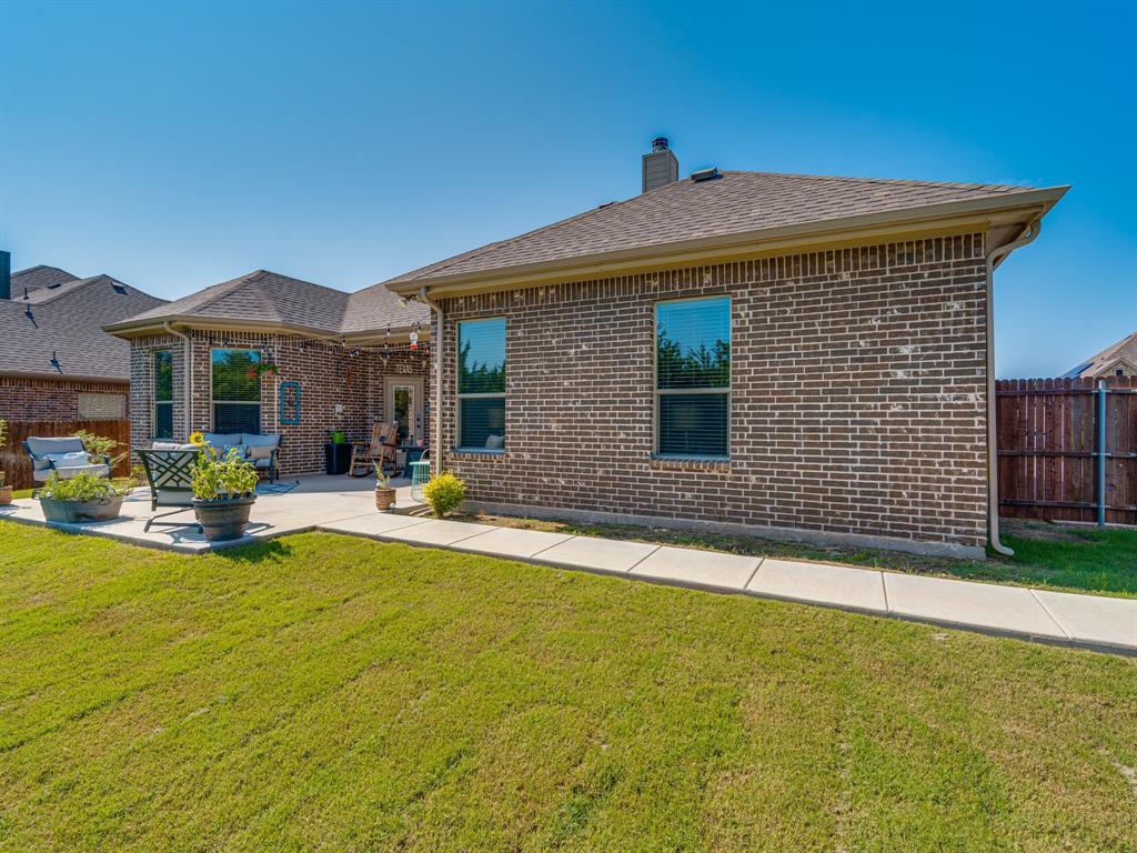409 Hillstone  Drive, Midlothian, Texas 76065 - acquisto real estate best looking realtor in america shana acquisto