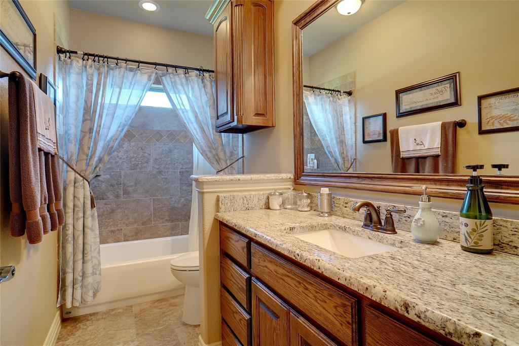 194 Horizon  Circle, Azle, Texas 76020 - acquisto real estate best designer and realtor hannah ewing kind realtor