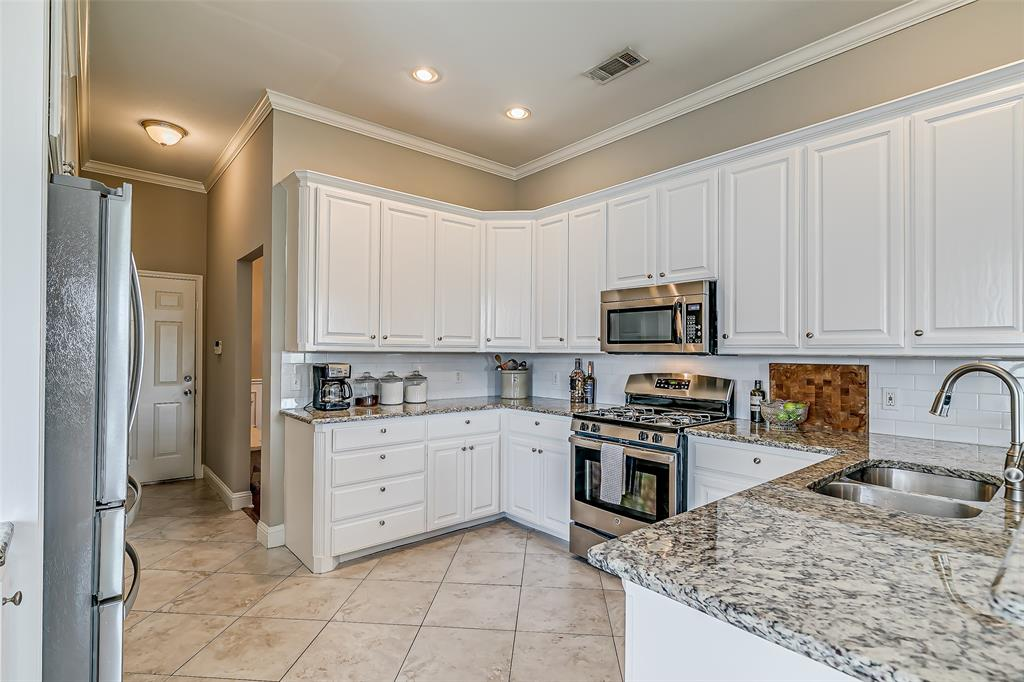 7308 Spring Oak  Drive, North Richland Hills, Texas 76182 - acquisto real estate best real estate company to work for