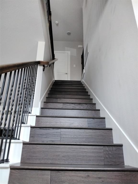 2231 Lovedale  Avenue, Dallas, Texas 75235 - acquisto real estate best highland park realtor amy gasperini fast real estate service
