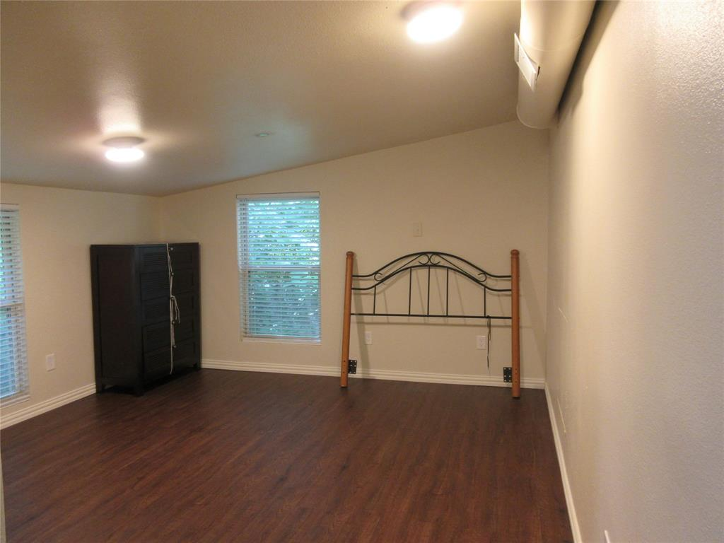 2107 County Road 3040  Bonham, Texas 75418 - acquisto real estate best realtor foreclosure real estate mike shepeherd walnut grove realtor