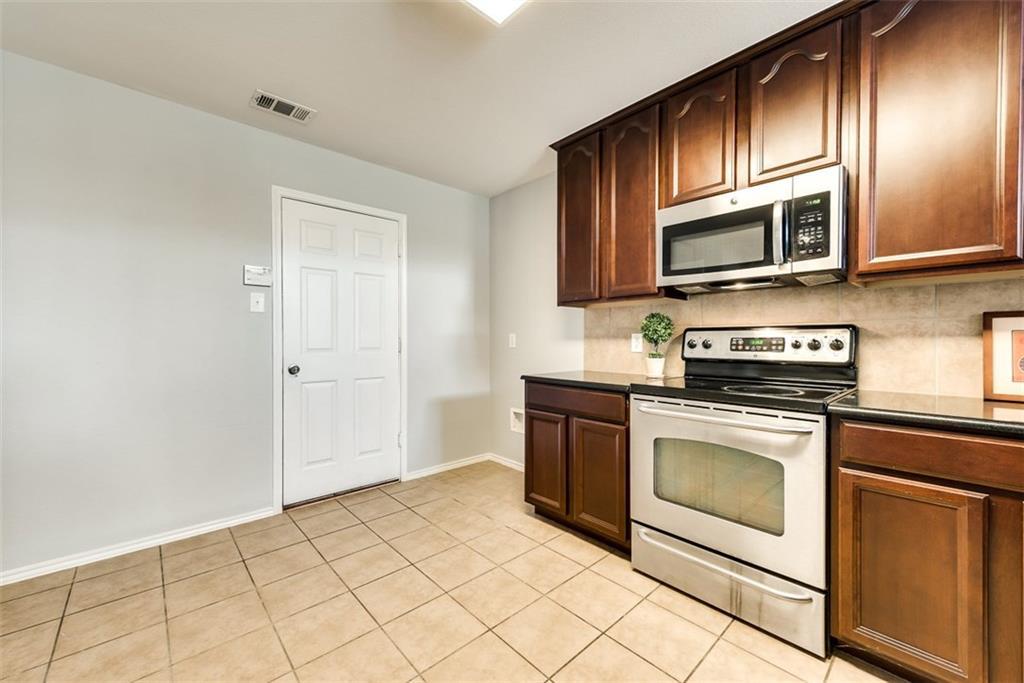 9841 Fleetwood  Drive, Frisco, Texas 75035 - acquisto real estate best prosper realtor susan cancemi windfarms realtor