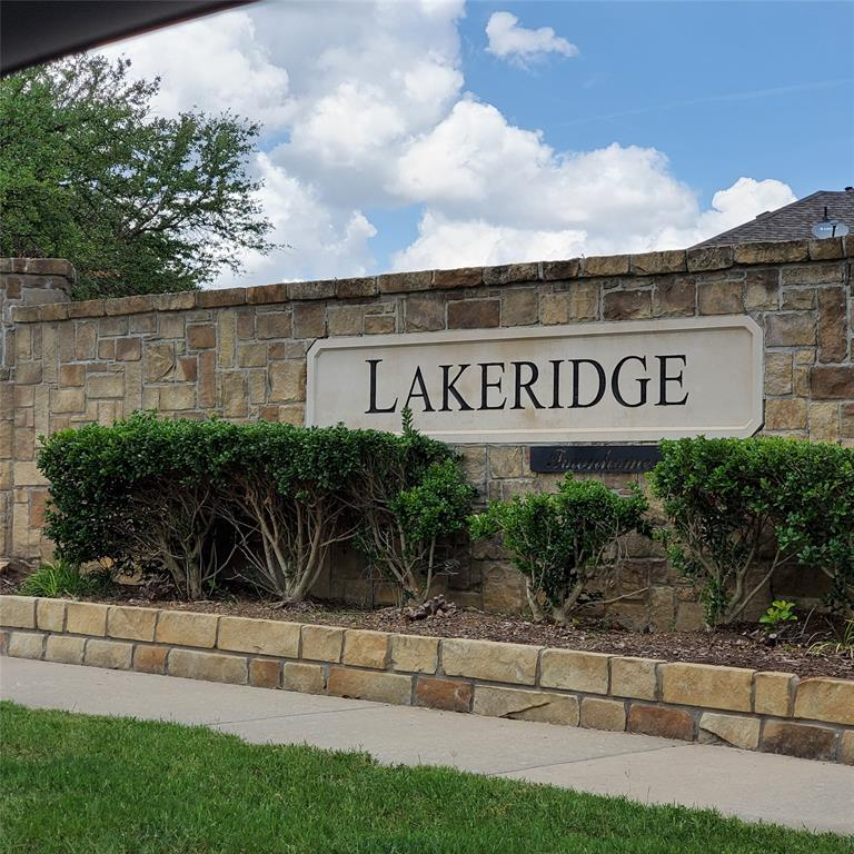 924 Grace  Lane, Lewisville, Texas 75056 - Acquisto Real Estate best plano realtor mike Shepherd home owners association expert