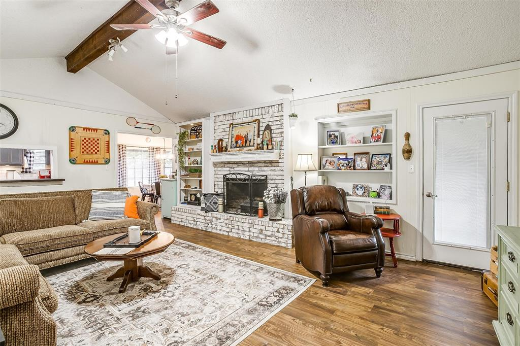 1010 Yvonne  Drive, Joshua, Texas 76058 - acquisto real estate best listing listing agent in texas shana acquisto rich person realtor