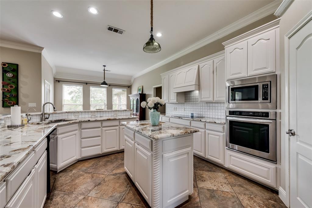 1721 Woodridge  Court, Aledo, Texas 76008 - acquisto real estate best luxury buyers agent in texas shana acquisto inheritance realtor