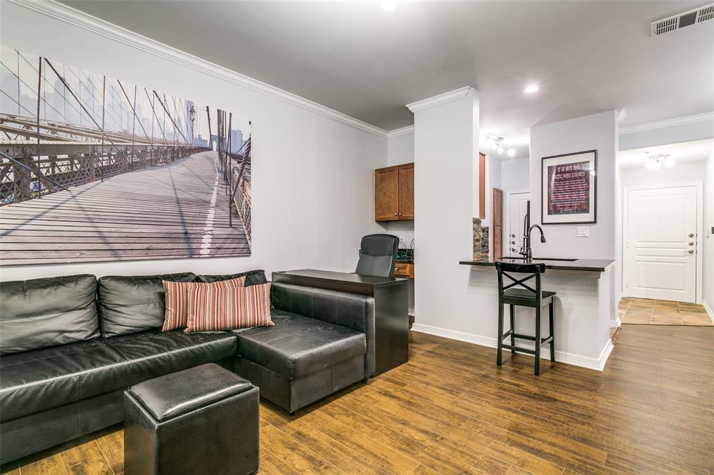 330 Las Colinas  Boulevard, Irving, Texas 75039 - acquisto real estate best designer and realtor hannah ewing kind realtor