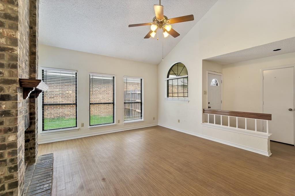2113 Avignon  Drive, Carrollton, Texas 75007 - acquisto real estate best prosper realtor susan cancemi windfarms realtor