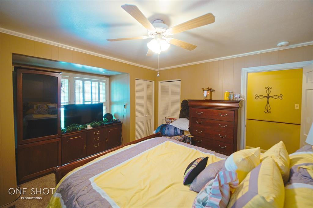 307 Hillcrest  Avenue, Eastland, Texas 76448 - acquisto real estate best park cities realtor kim miller best staging agent