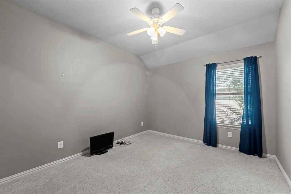 405 Bryn Mawr  Lane, Van Alstyne, Texas 75495 - acquisto real estate best realtor dallas texas linda miller agent for cultural buyers