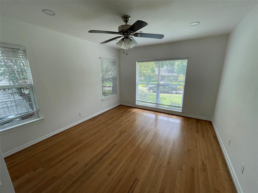 6423 Vanderbilt  Avenue, Dallas, Texas 75214 - acquisto real estate best highland park realtor amy gasperini fast real estate service