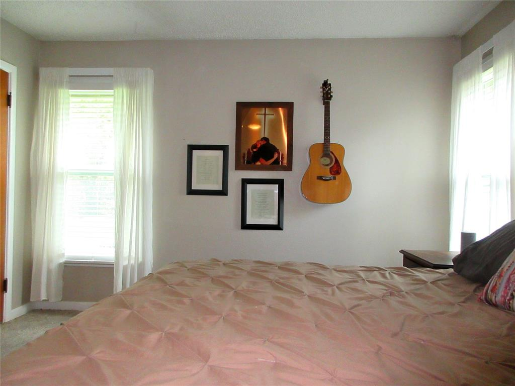 3828 London  Lane, Richland Hills, Texas 76118 - acquisto real estate best listing photos hannah ewing mckinney real estate expert