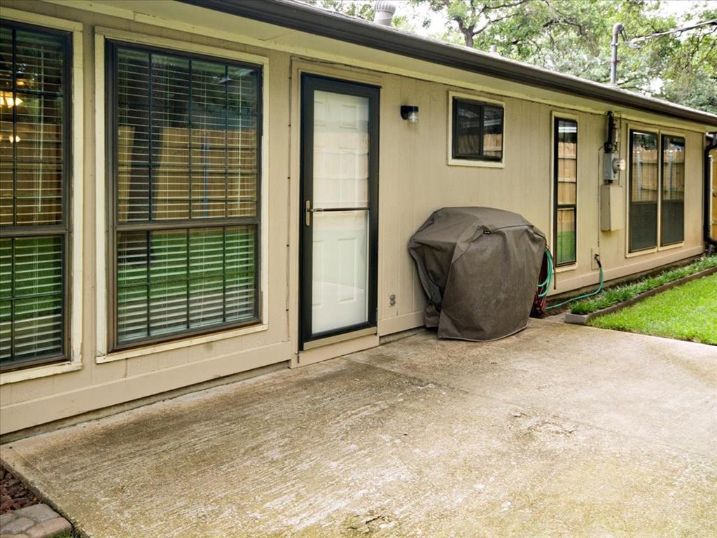 4700 Lone Oak  Drive, Arlington, Texas 76017 - acquisto real estate best photo company frisco 3d listings