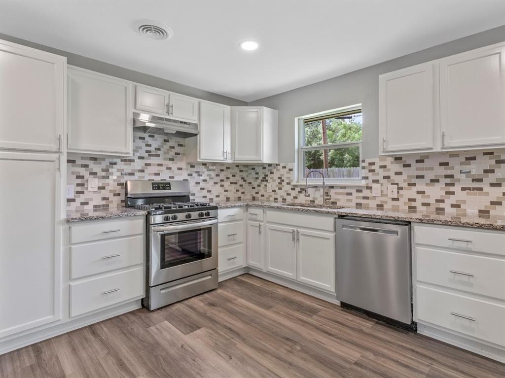 309 Huitt  Lane, Euless, Texas 76040 - acquisto real estate best highland park realtor amy gasperini fast real estate service