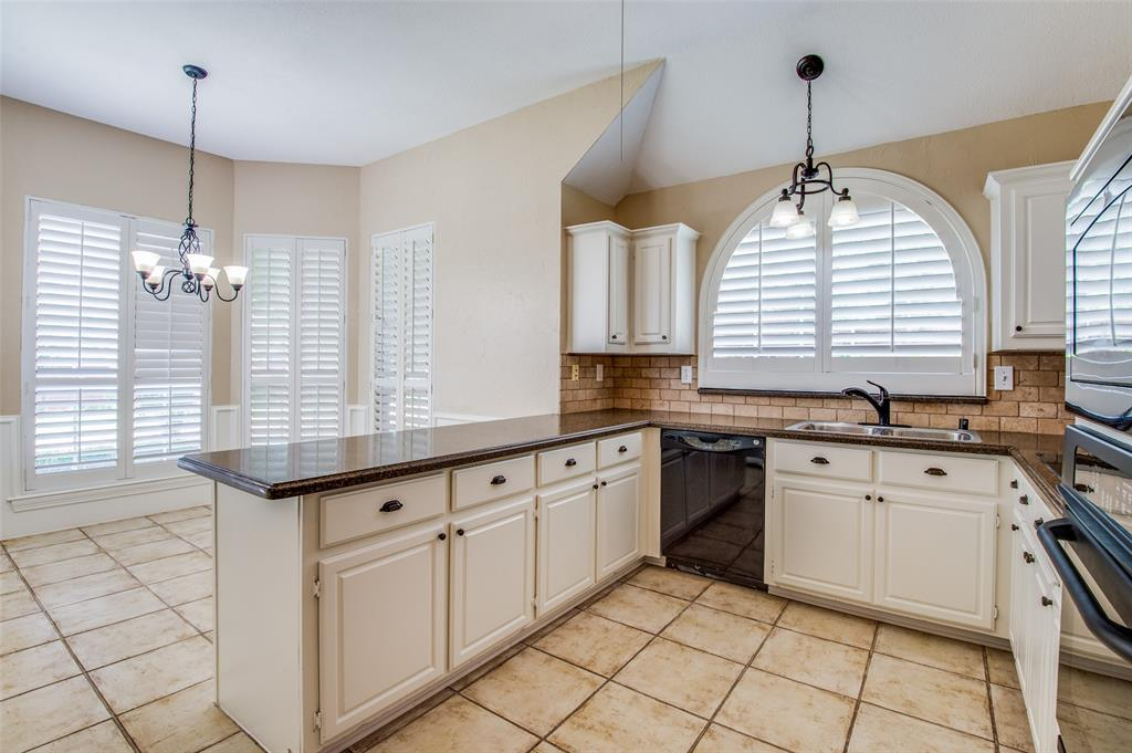 3104 Miles  Boulevard, Plano, Texas 75023 - acquisto real estate best real estate company to work for