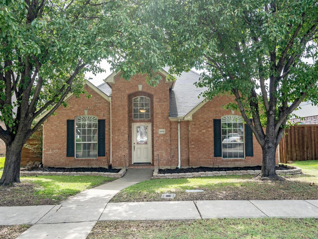 1854 Crosshaven  Drive, Lewisville, Texas 75077 - Acquisto Real Estate best plano realtor mike Shepherd home owners association expert