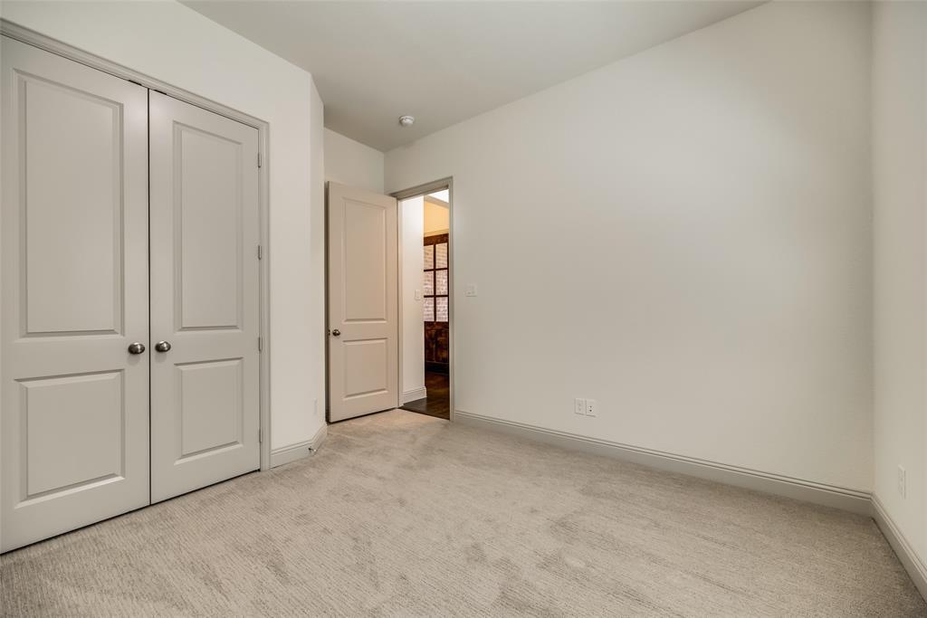 2448 Mare  Road, Carrollton, Texas 75010 - acquisto real estate best photo company frisco 3d listings
