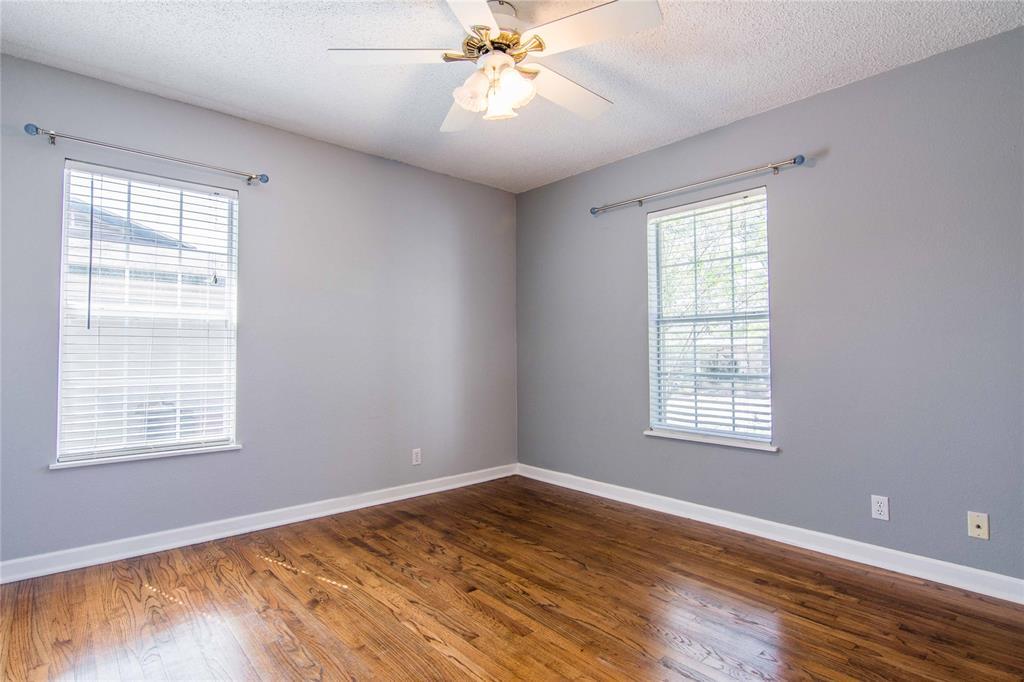 928 Dora  Street, Bedford, Texas 76022 - acquisto real estate best listing agent in the nation shana acquisto estate realtor