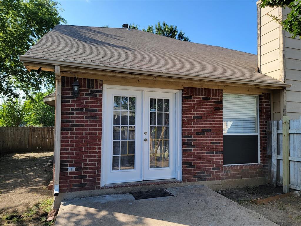6036 Maple Leaf  Drive, Arlington, Texas 76017 - acquisto real estate best looking realtor in america shana acquisto