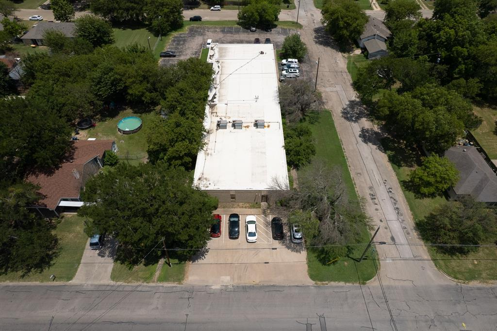 1300 Anglin  Street, Cleburne, Texas 76031 - acquisto real estate best realtor dallas texas linda miller agent for cultural buyers