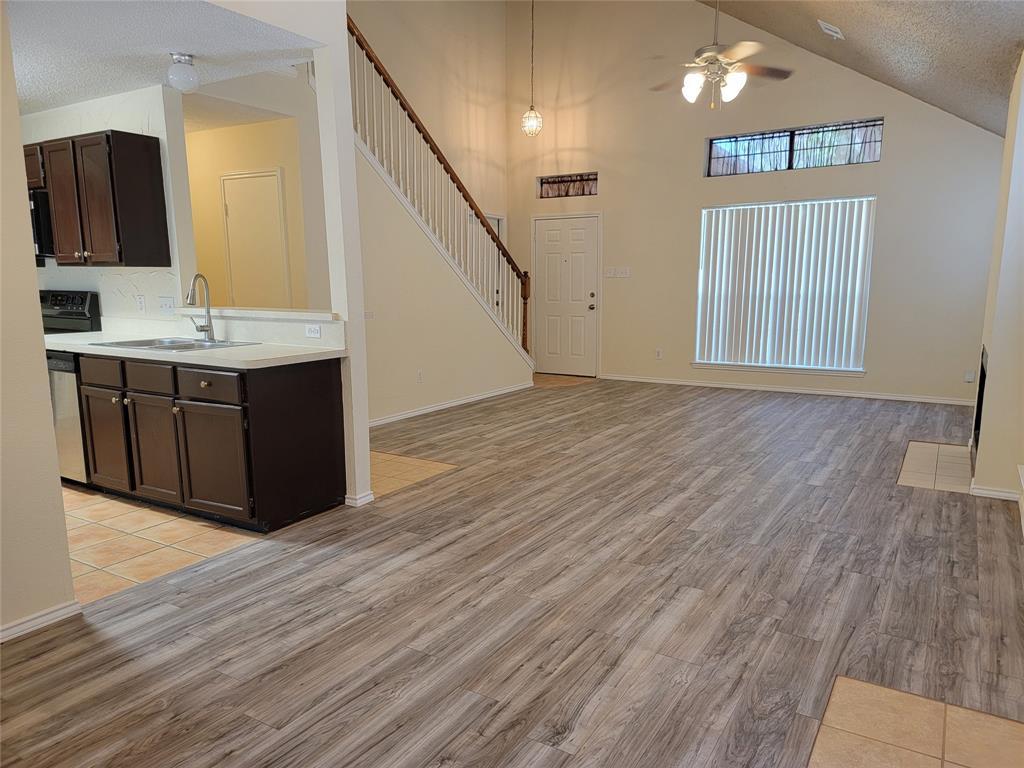 6036 Maple Leaf  Drive, Arlington, Texas 76017 - acquisto real estate best allen realtor kim miller hunters creek expert