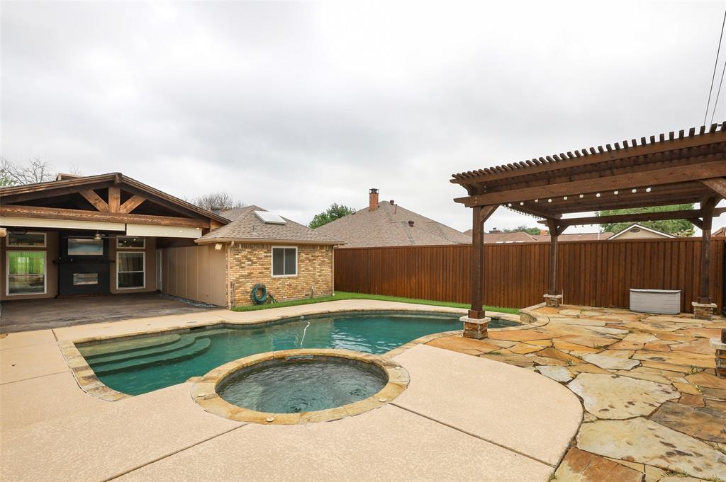 1437 Eden Valley  Lane, Plano, Texas 75093 - acquisto real estate best frisco real estate agent amy gasperini panther creek realtor
