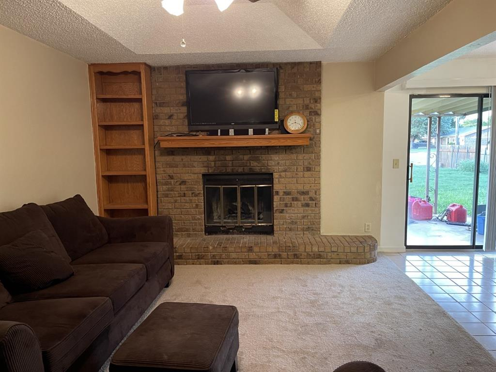 4300 Viewpark  Wichita Falls, Texas 76306 - acquisto real estate best allen realtor kim miller hunters creek expert