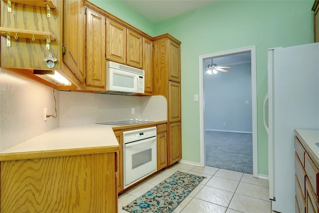 319 6th  Street, Justin, Texas 76247 - acquisto real estate best real estate company in frisco texas real estate showings