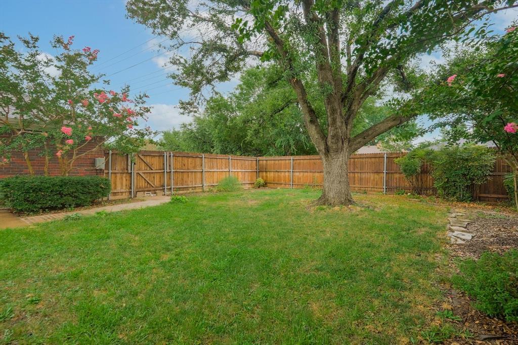 1662 Crosshaven  Drive, Lewisville, Texas 75077 - acquisto real estate best luxury home specialist shana acquisto