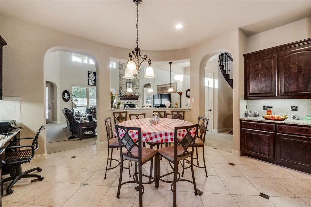 2712 Portside  Drive, Grand Prairie, Texas 75054 - acquisto real estate best real estate company to work for