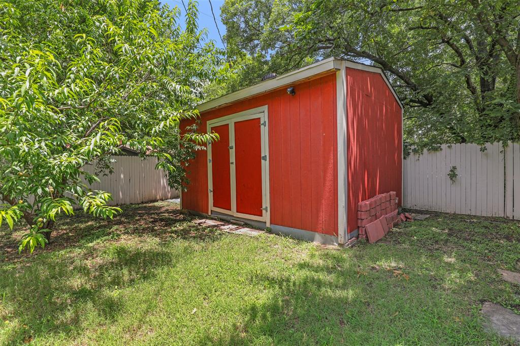 204 Revere  Drive, Fort Worth, Texas 76134 - acquisto real estate best real estate follow up system katy mcgillen