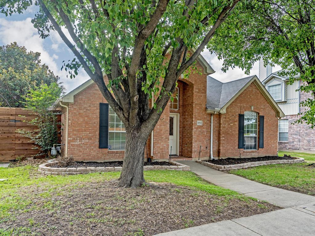1854 Crosshaven  Drive, Lewisville, Texas 75077 - acquisto real estate best plano real estate agent mike shepherd