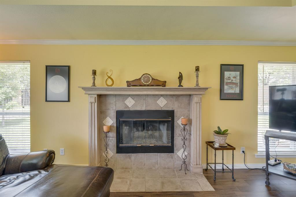 2701 Cedar Springs  Court, Bedford, Texas 76021 - acquisto real estate best style realtor kim miller best real estate reviews dfw