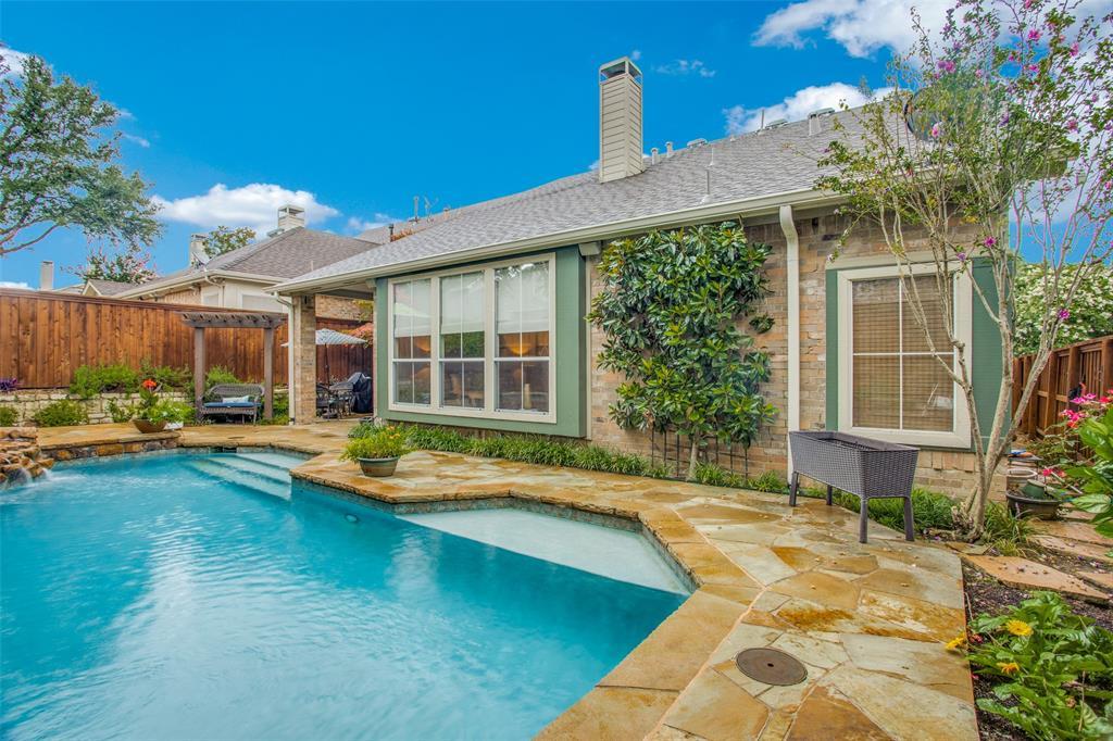 1732 Glenlivet  Drive, Dallas, Texas 75218 - acquisto real estate best relocation company in america katy mcgillen