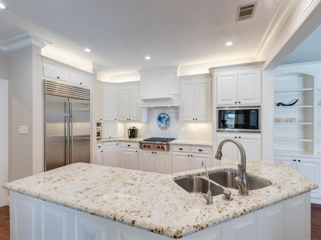 1407 Northridge  Drive, Southlake, Texas 76092 - acquisto real estate best plano real estate agent mike shepherd