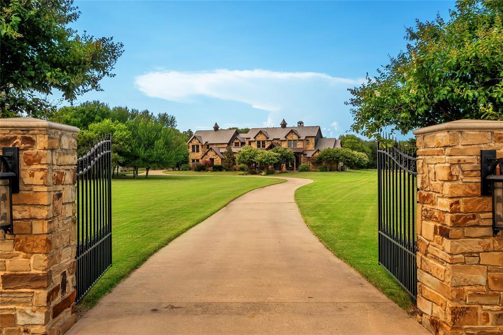 1325 Appaloosa  Circle, Bartonville, Texas 76226 - acquisto real estate best celina realtor logan lawrence best dressed realtor