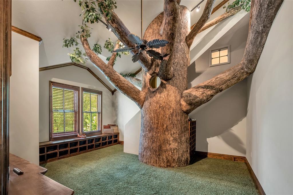 1325 Appaloosa  Circle, Bartonville, Texas 76226 - acquisto real estate best negotiating realtor linda miller declutter realtor