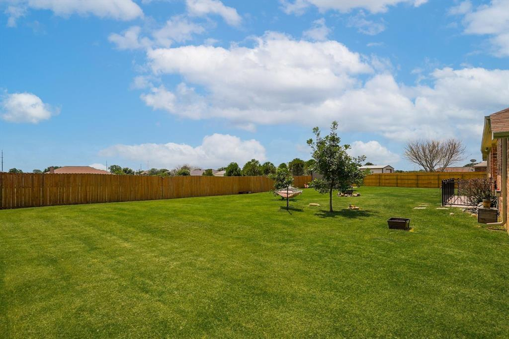 831 Sherry  Lane, Krugerville, Texas 76227 - acquisto real estate best park cities realtor kim miller best staging agent