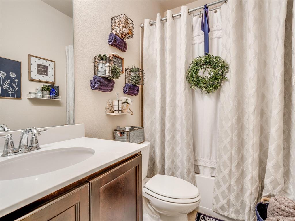5700 Coventry  Drive, Prosper, Texas 75078 - acquisto real estate best realtor foreclosure real estate mike shepeherd walnut grove realtor