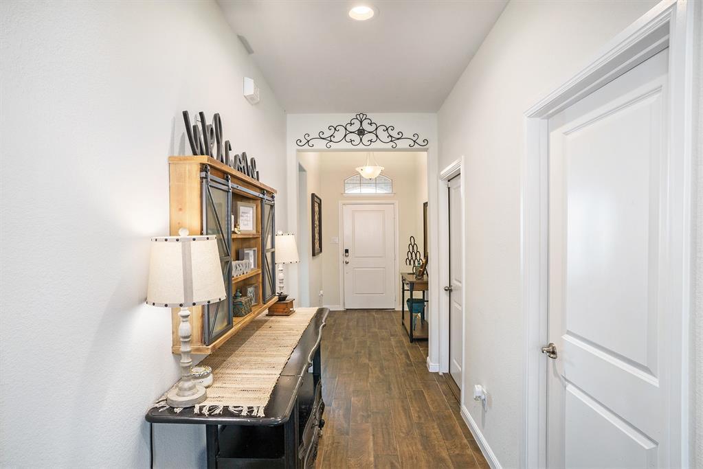 1215 Burlingame  Drive, Cleburne, Texas 76033 - acquisto real estate best allen realtor kim miller hunters creek expert
