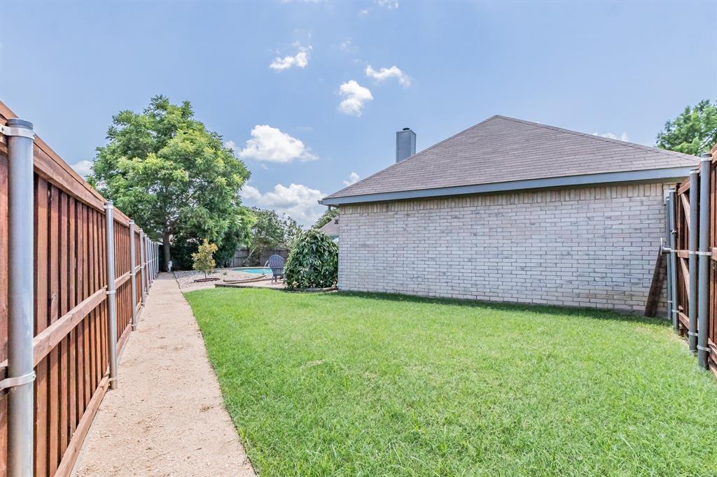 201 Jaime Jack  Drive, Grand Prairie, Texas 75052 - acquisto real estate best plano real estate agent mike shepherd