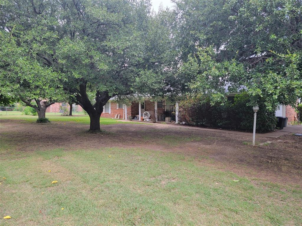 105 Cedar  Lane, Haslet, Texas 76052 - Acquisto Real Estate best plano realtor mike Shepherd home owners association expert
