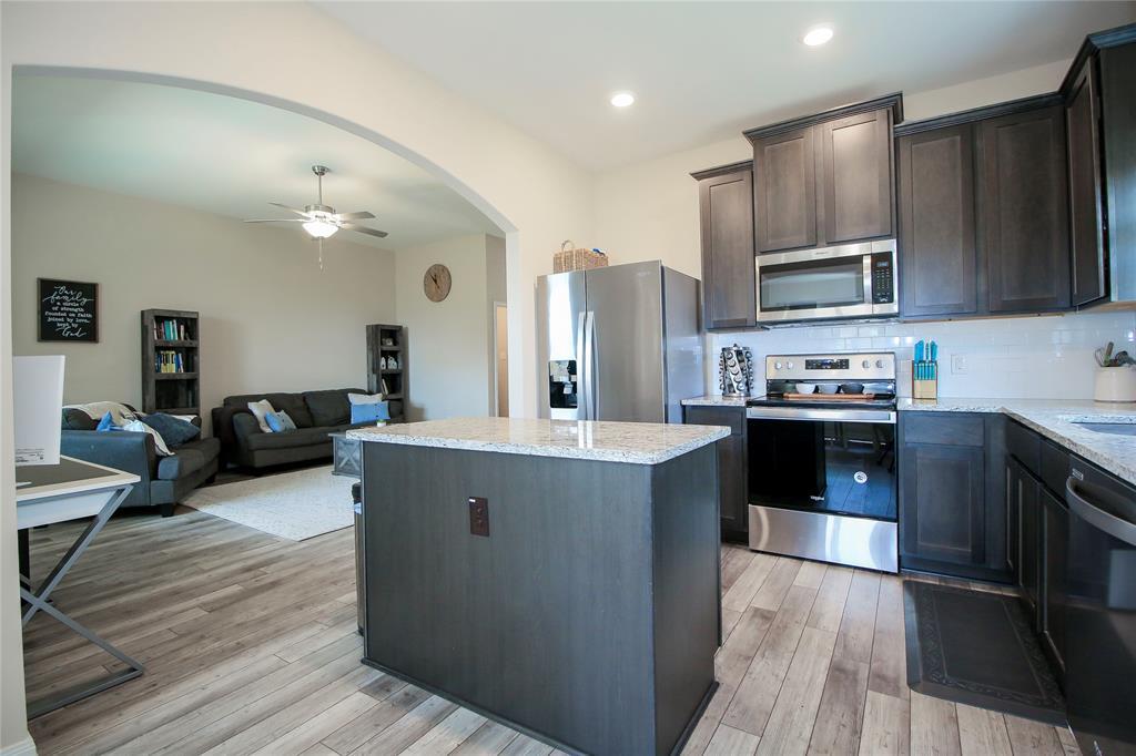 1825 Rialto  Lane, Crowley, Texas 76036 - acquisto real estate best new home sales realtor linda miller executor real estate